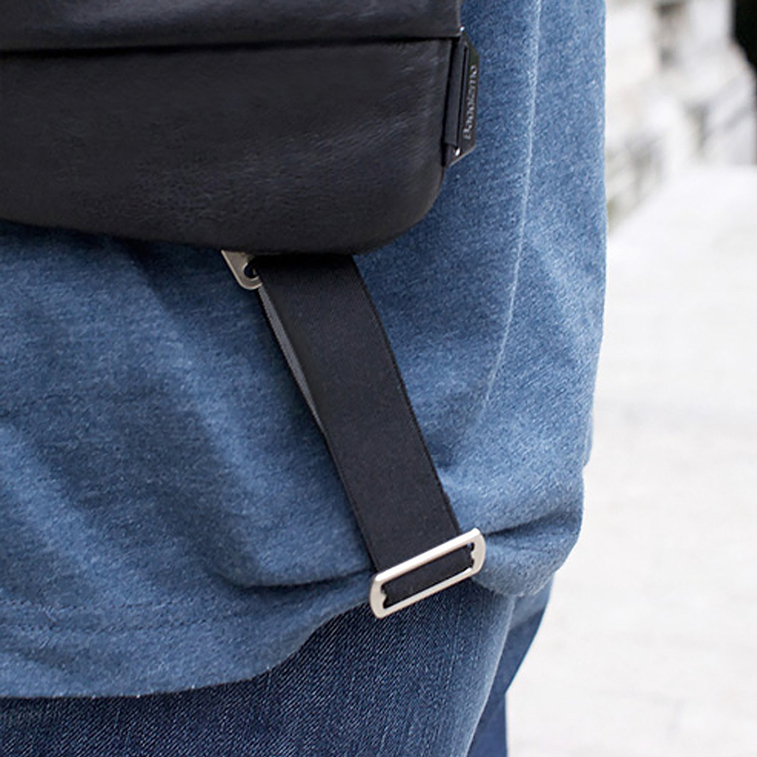 Crossbody bag attached with special add-on buckle