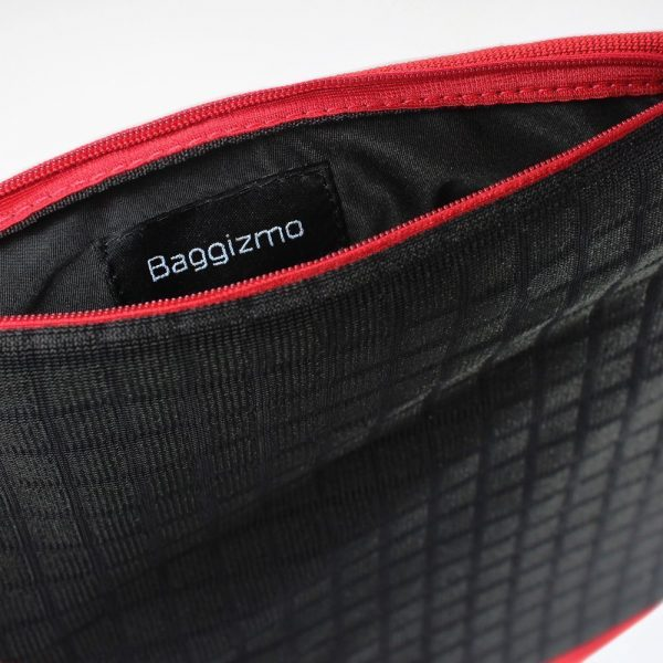 baggizmo-t-red-brandmark
