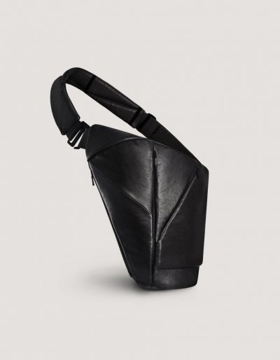 Black leather crossbody bag with many pockets by Baggizmo