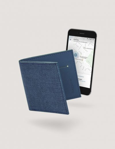 Baggizmo Wiseward smart wallet in noble blue color connected to Baggizmo app