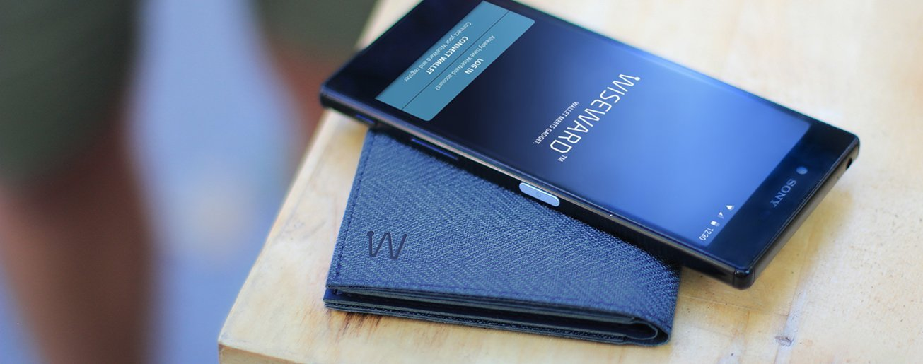 smart slim wallet on the table with smartphone