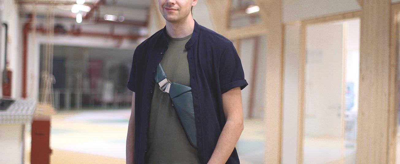 leather men's crossbody bag